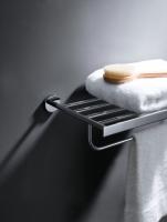 Półka na ręczniki z relingiem <br/>  HUG-042